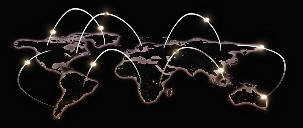 Qui distribue les adresses IP publiques ?