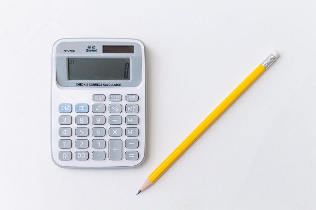 Calculer le chiffre d'affaires et les charges